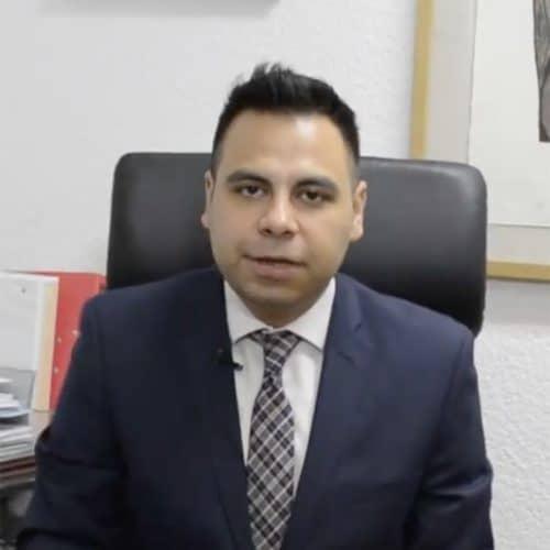 Dr. Víctor Manuel Pinto Angulo